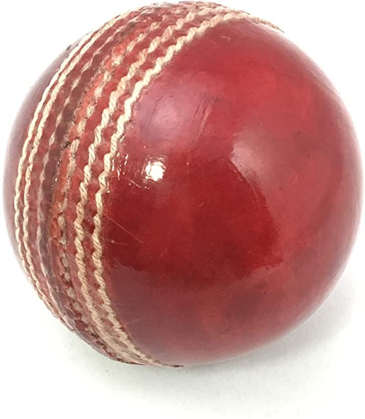 クリケット用ボール 赤